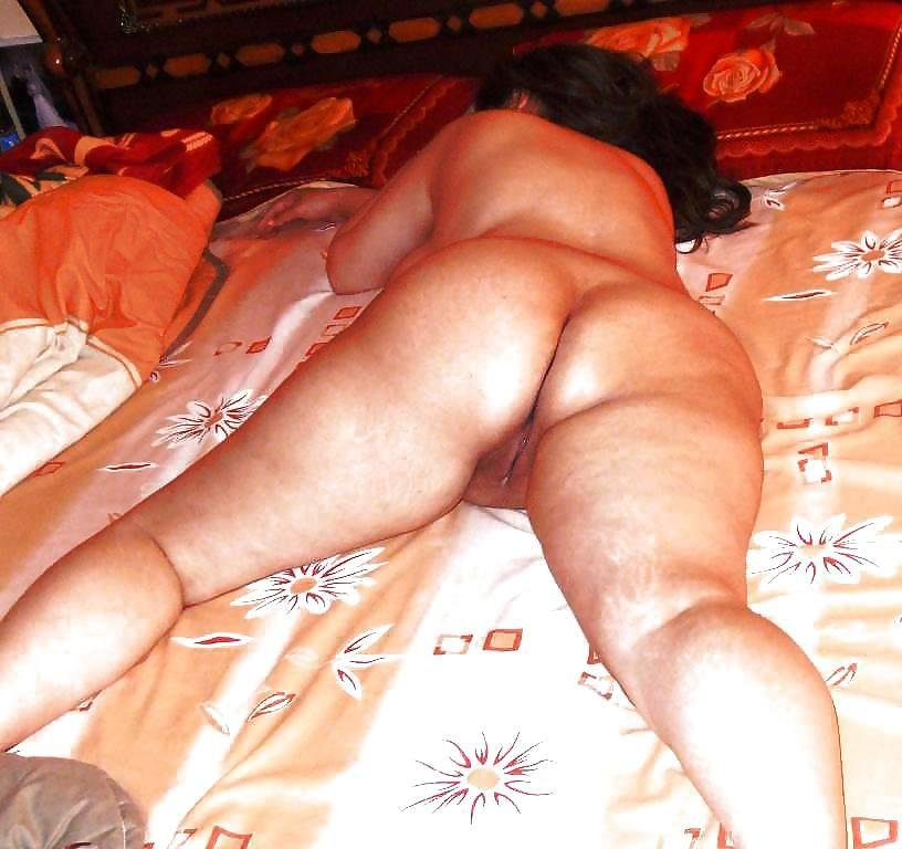 turkish-mature-wife-nude-art-pussy