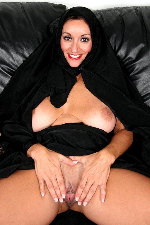 arabskie-zrelie-zhenshini-porno-foto