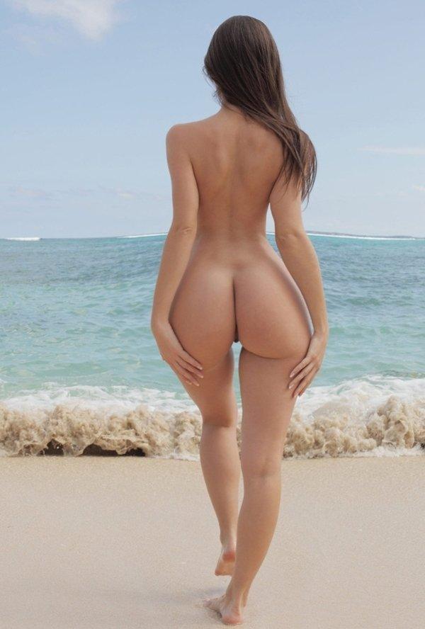 Skinny women big asses nude — photo 9