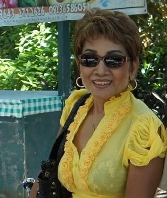 Просто 70-летняя филиппинка Роза