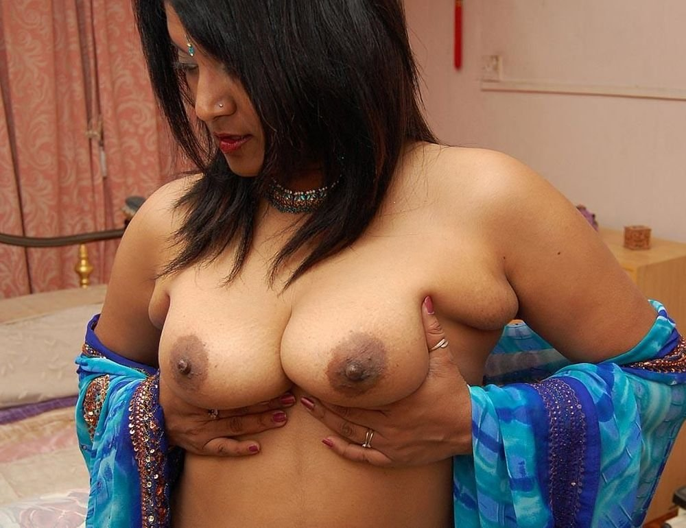 asian-aunties-naked