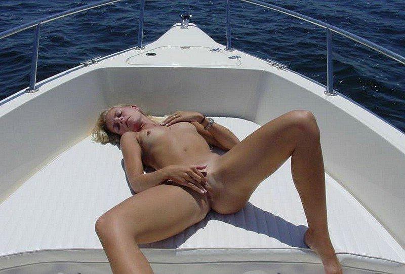 Пизда видео на яхте #9