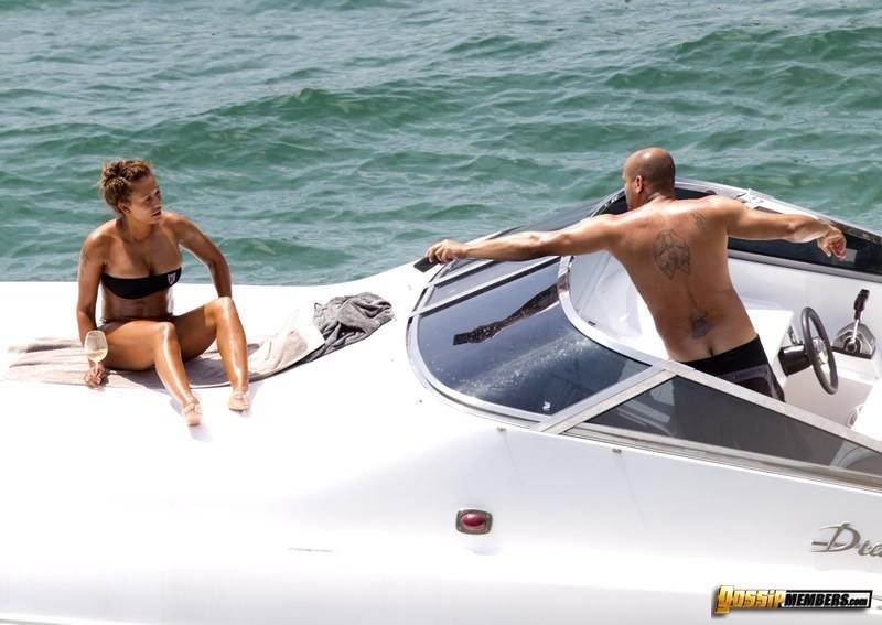 На яхте - Фото галерея 889656