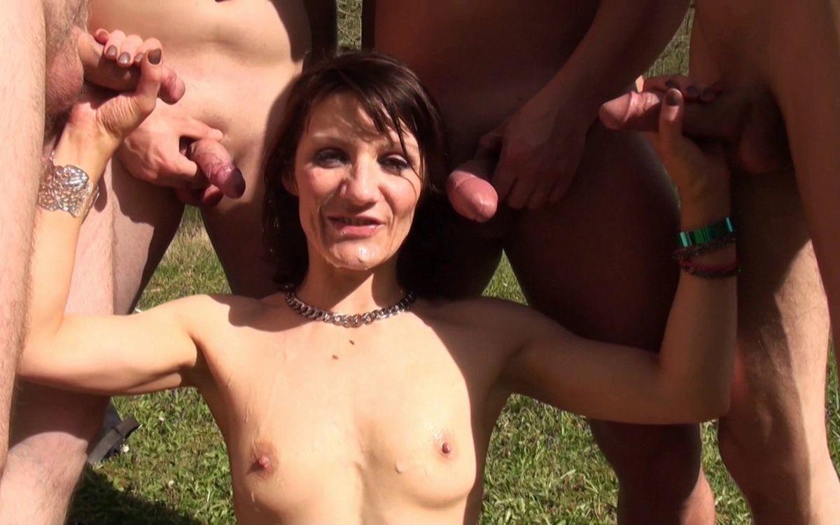 Порно На Природе Толпой