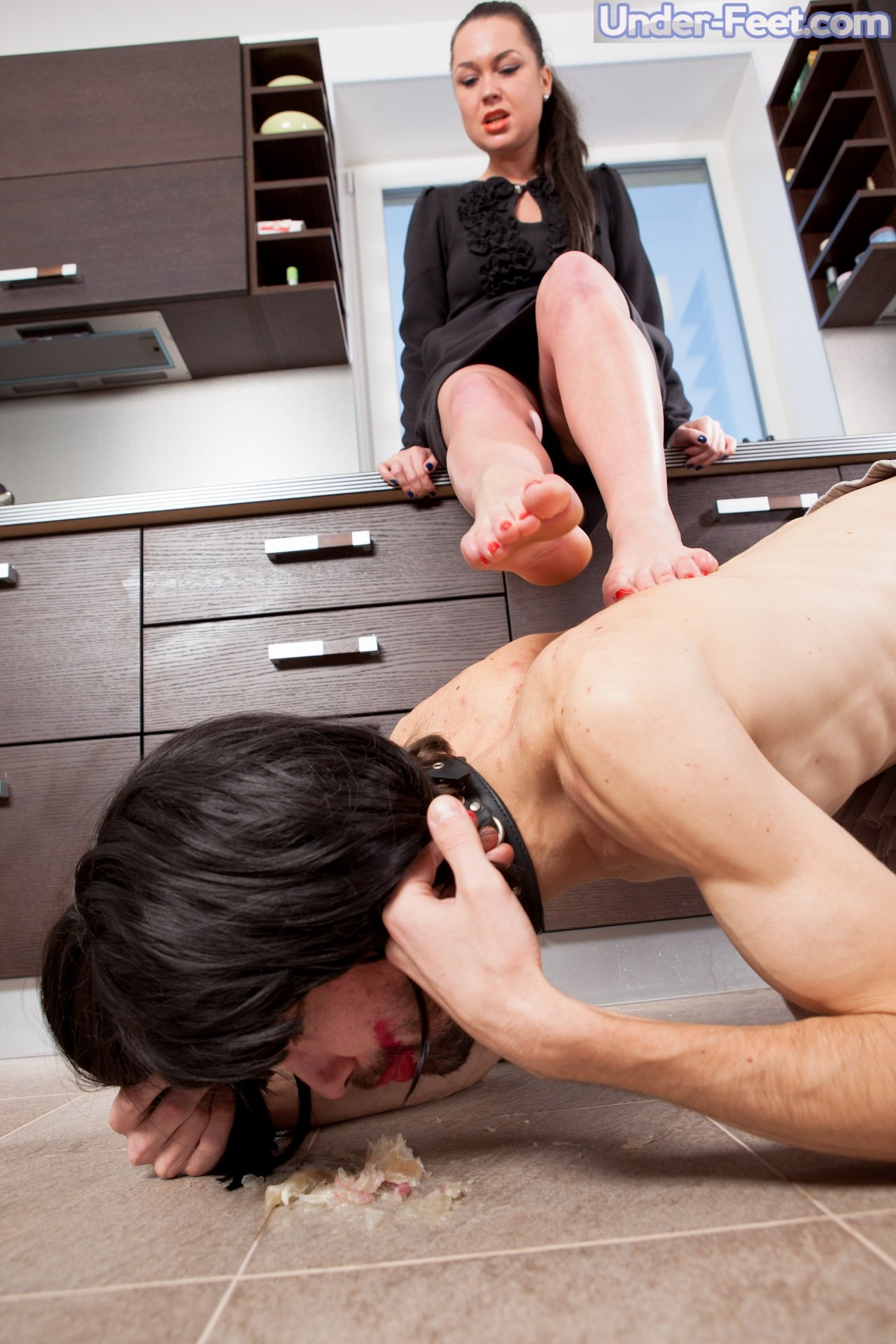 Free gay-domination porn pictures