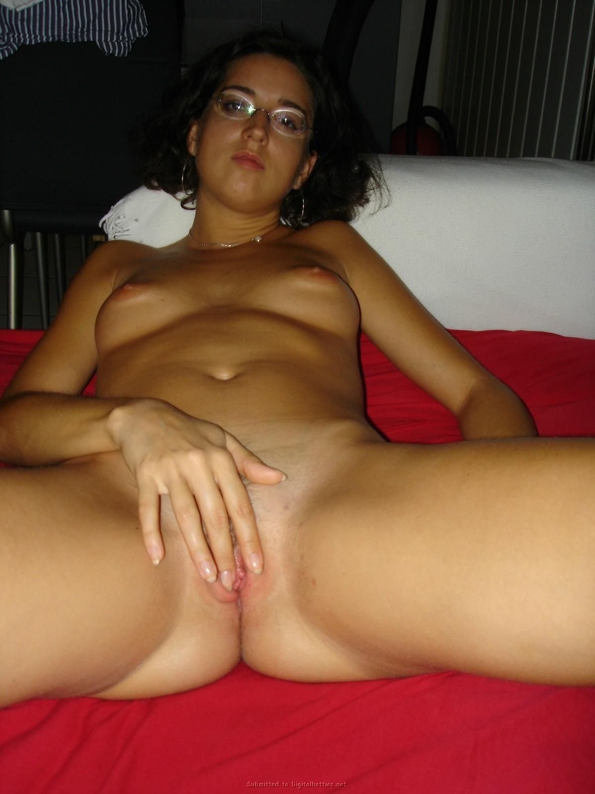 Latina girlfriend nude