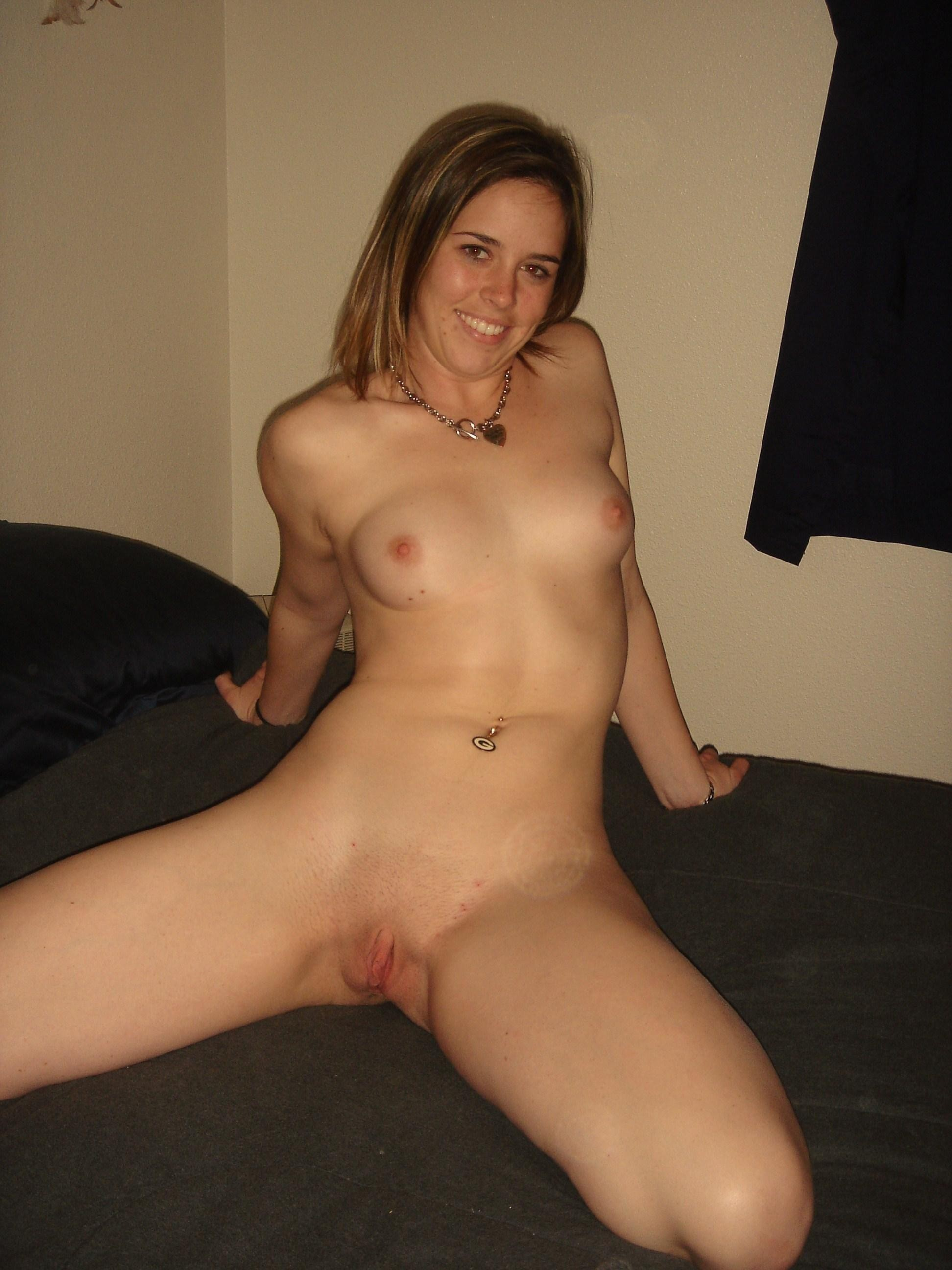 Naked Pictures Of Amateur Girls