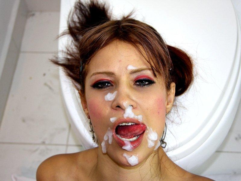 вместе секс чистит зубы спермой сейчас