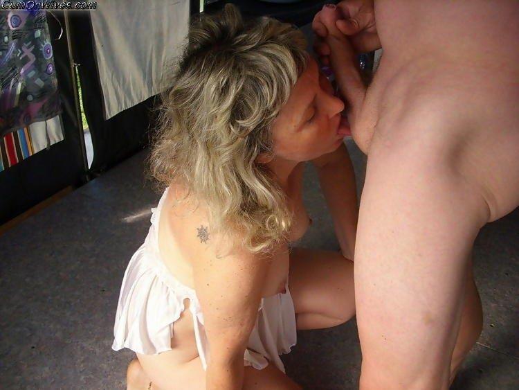 Спермой в глаз - Фото галерея 1086394