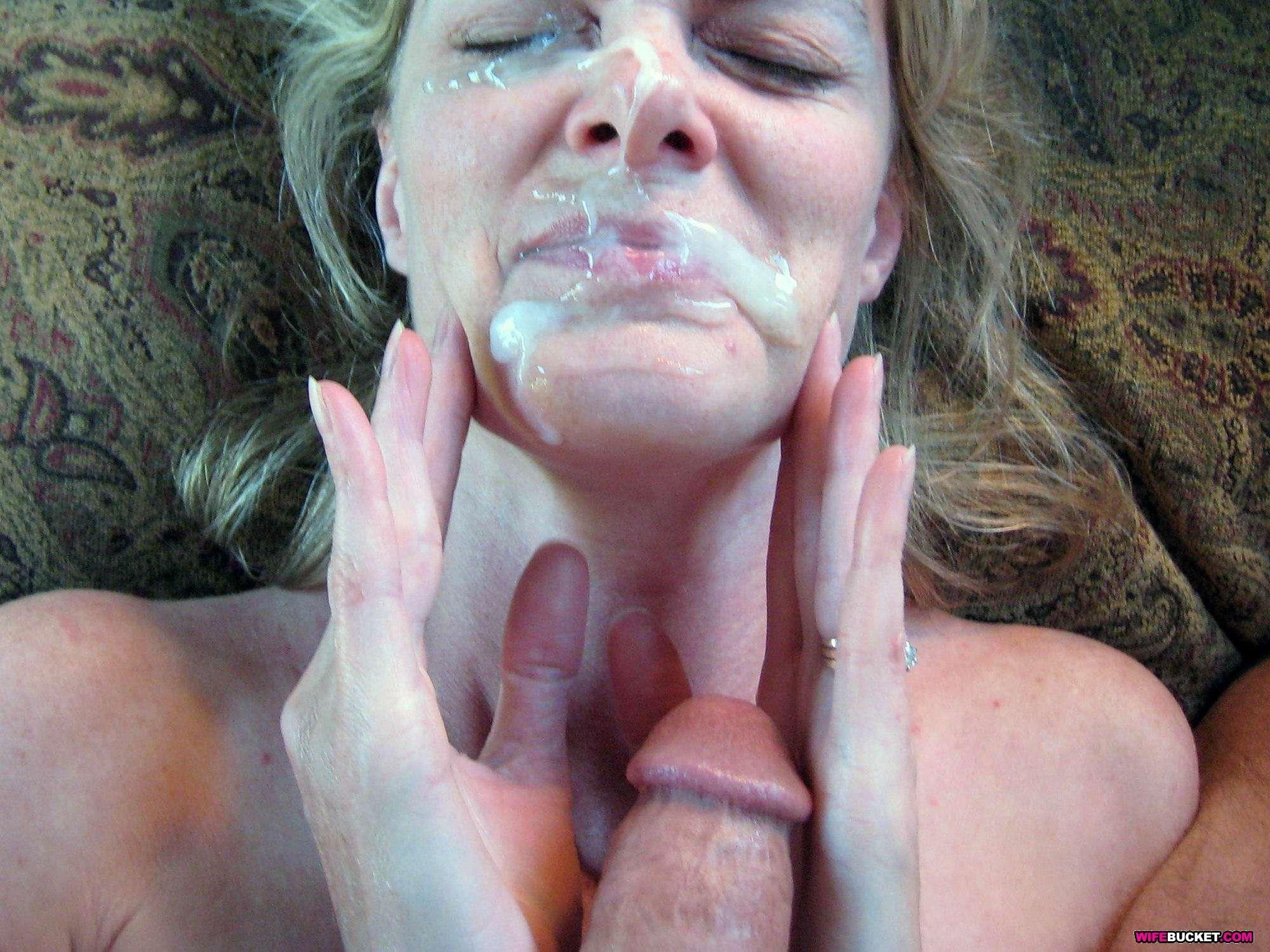 mamochki-dayut-v-kontakte-nyu-foto-zrelie-v-sperme-seks