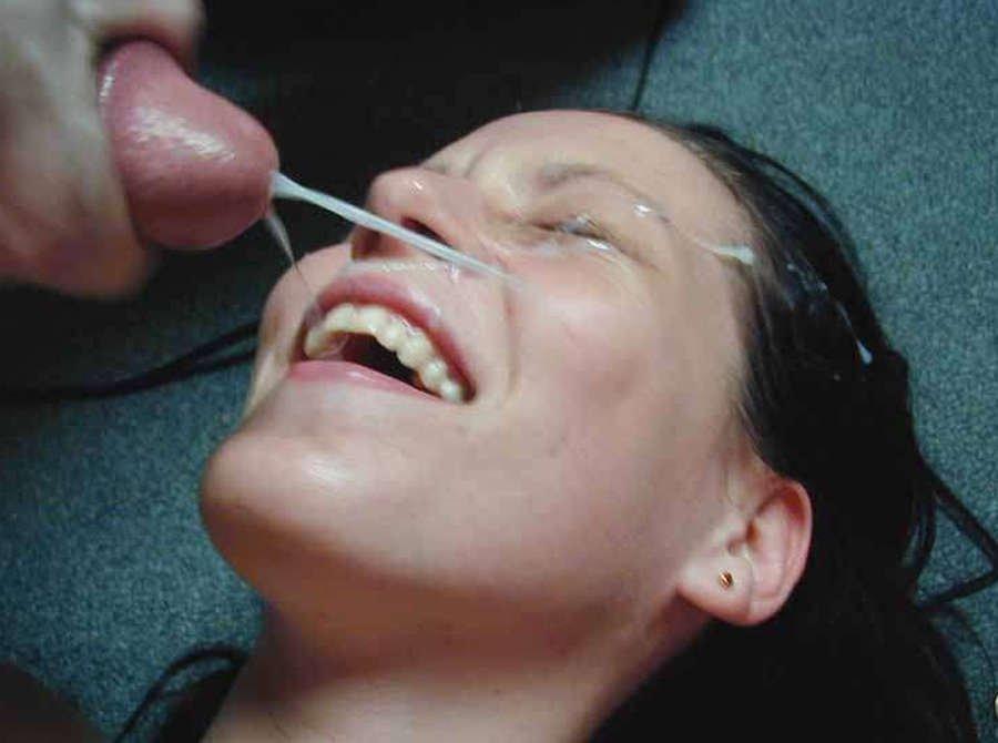 Сперма в рот на глазах