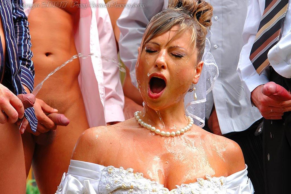 Онлайн супер порно писающие невесты на свадьбе