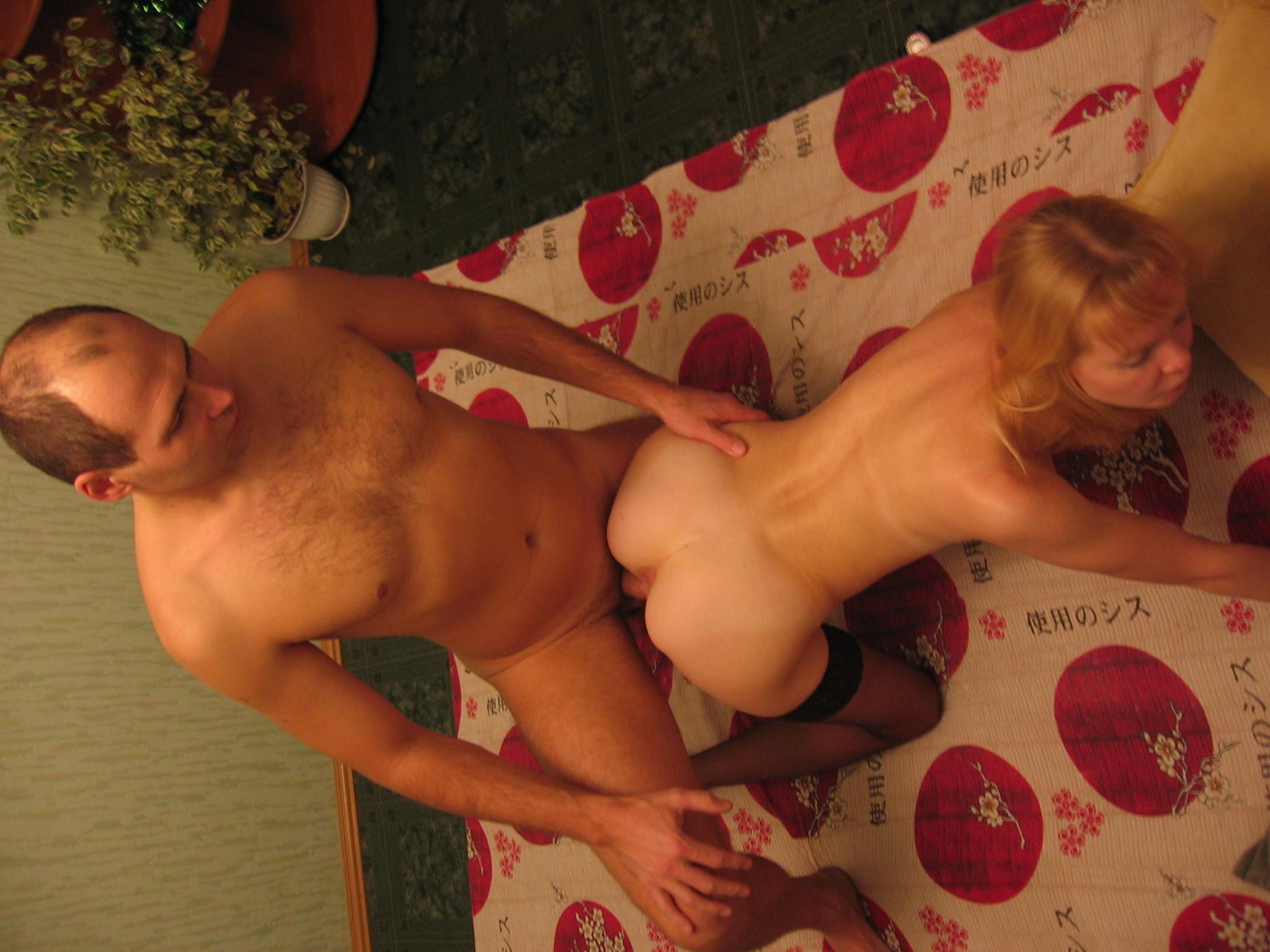 его выделяет развратная жена просит мужа трахнуть ее в прихожей вещи тикать