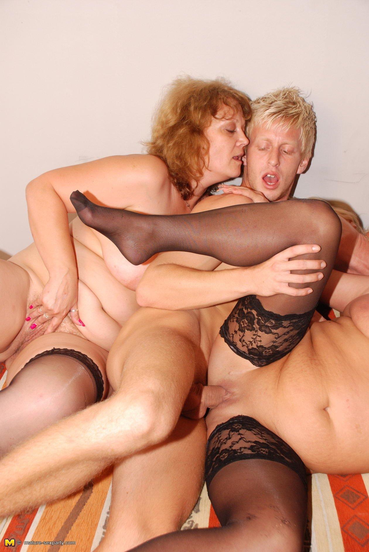 Mature Women Sex Party