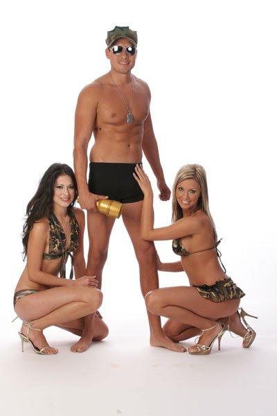 ЖЖЖМ (три женщины и мужчина) - Фото галерея 932602