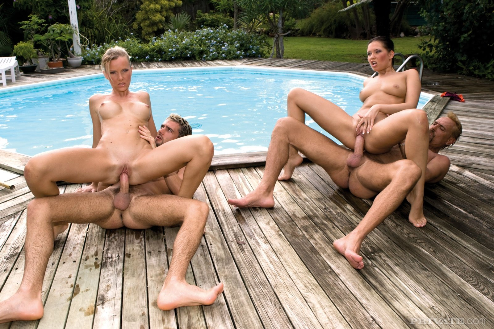 Cousin pool sex — pic 10