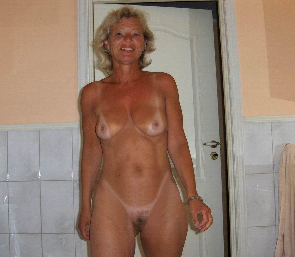 частные фото голых мамочек фото назвал лошадь моникой