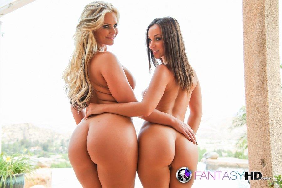ЖМЖ секс с двумя классными порно моделями