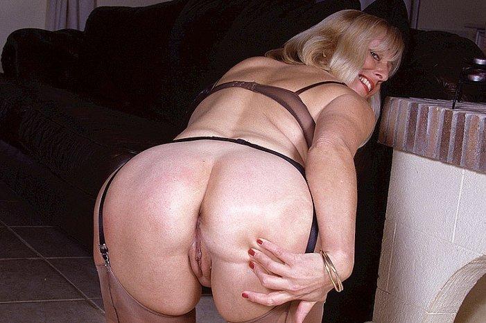 жопы пожилых порно фото - 7