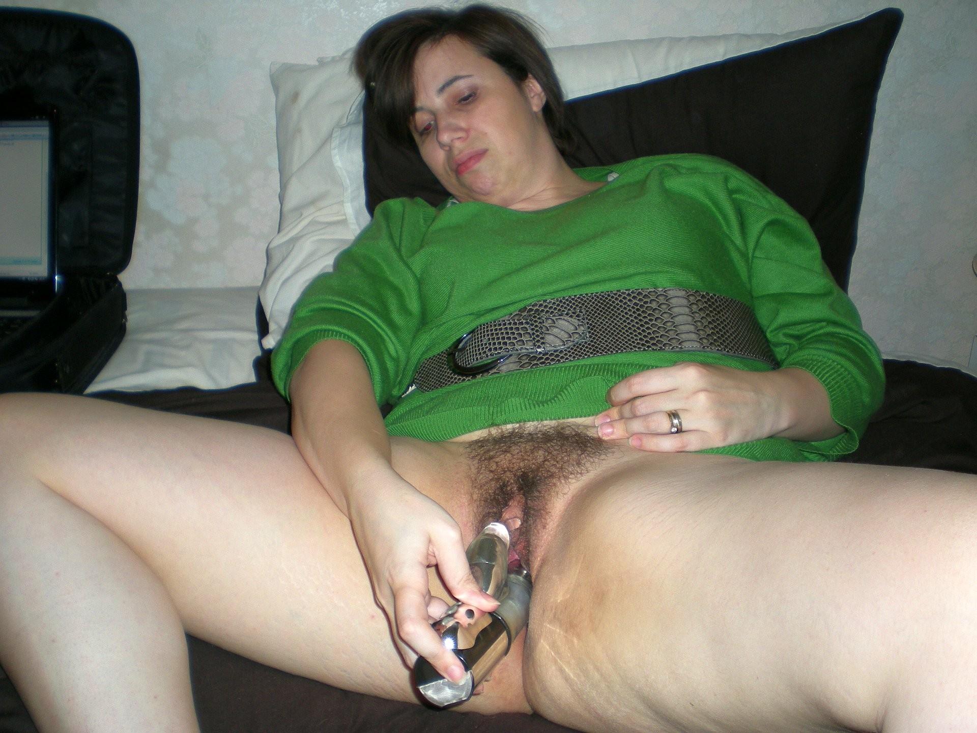 Зрелые волосатые женщины мастурбируют 9