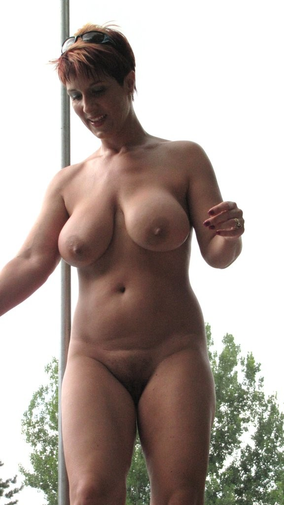 Curvy beautiful older women naked — img 8