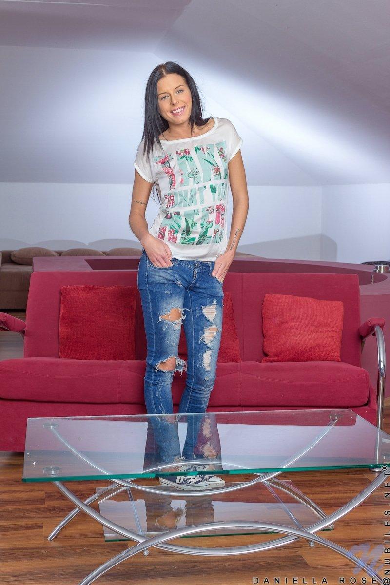 В джинсах - Фото галерея 1059704