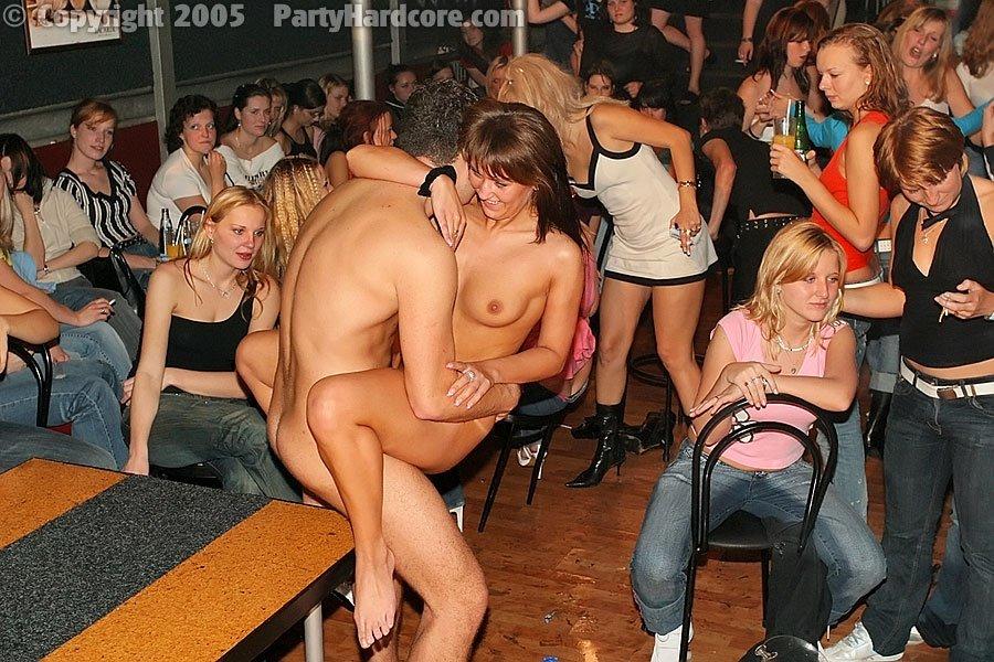 Трах на пьяной вечеринке #10