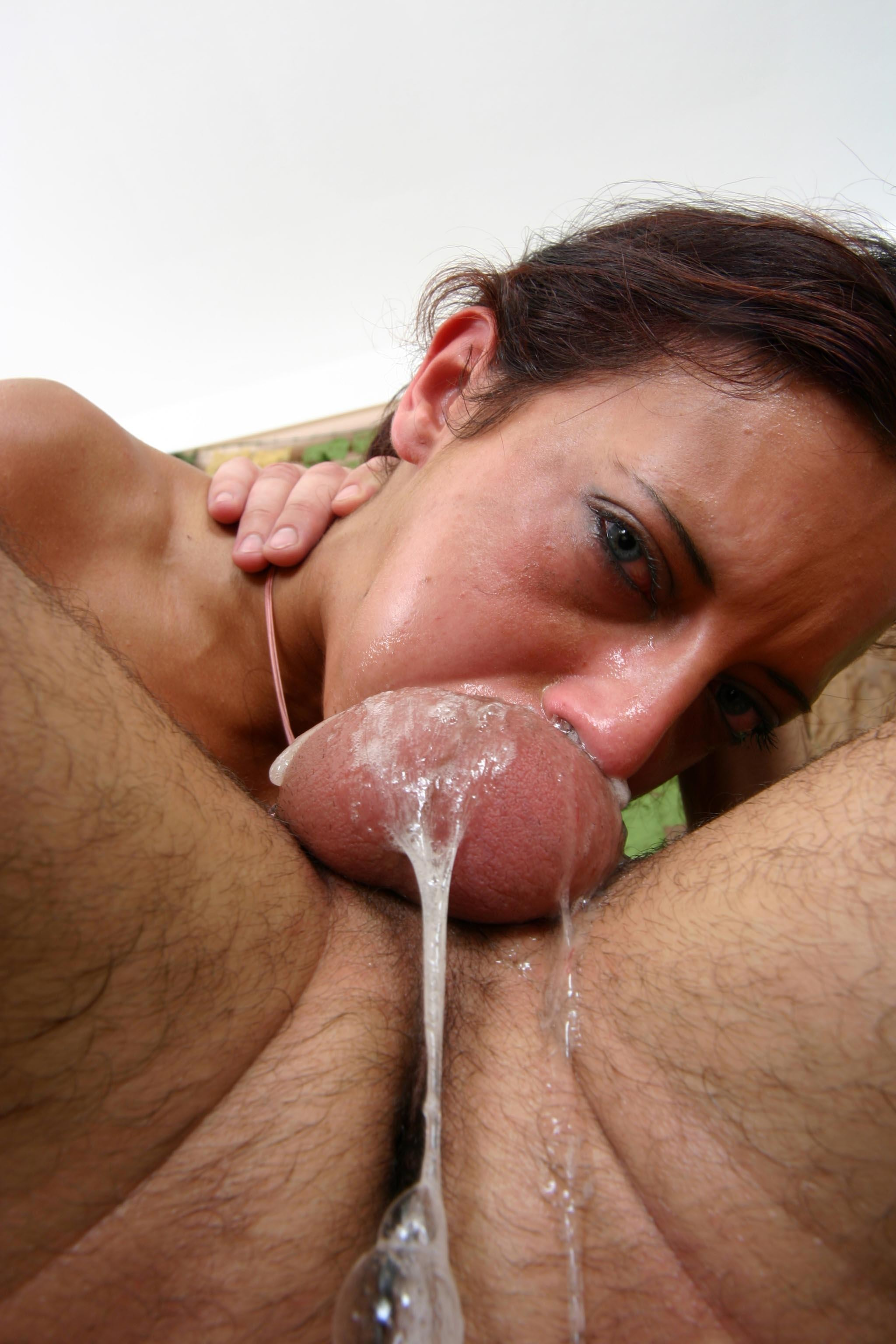 griffin-free-deepthroat-cum-girl