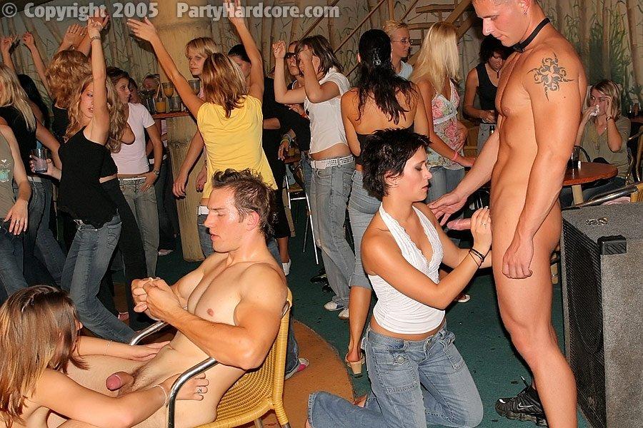 Пьяная секс вечеринка - Фото галерея 248073