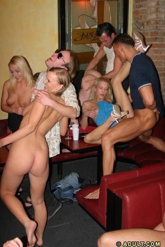 Без трусов пьяная домашняя вечеринка порно видео большие хорошие фото