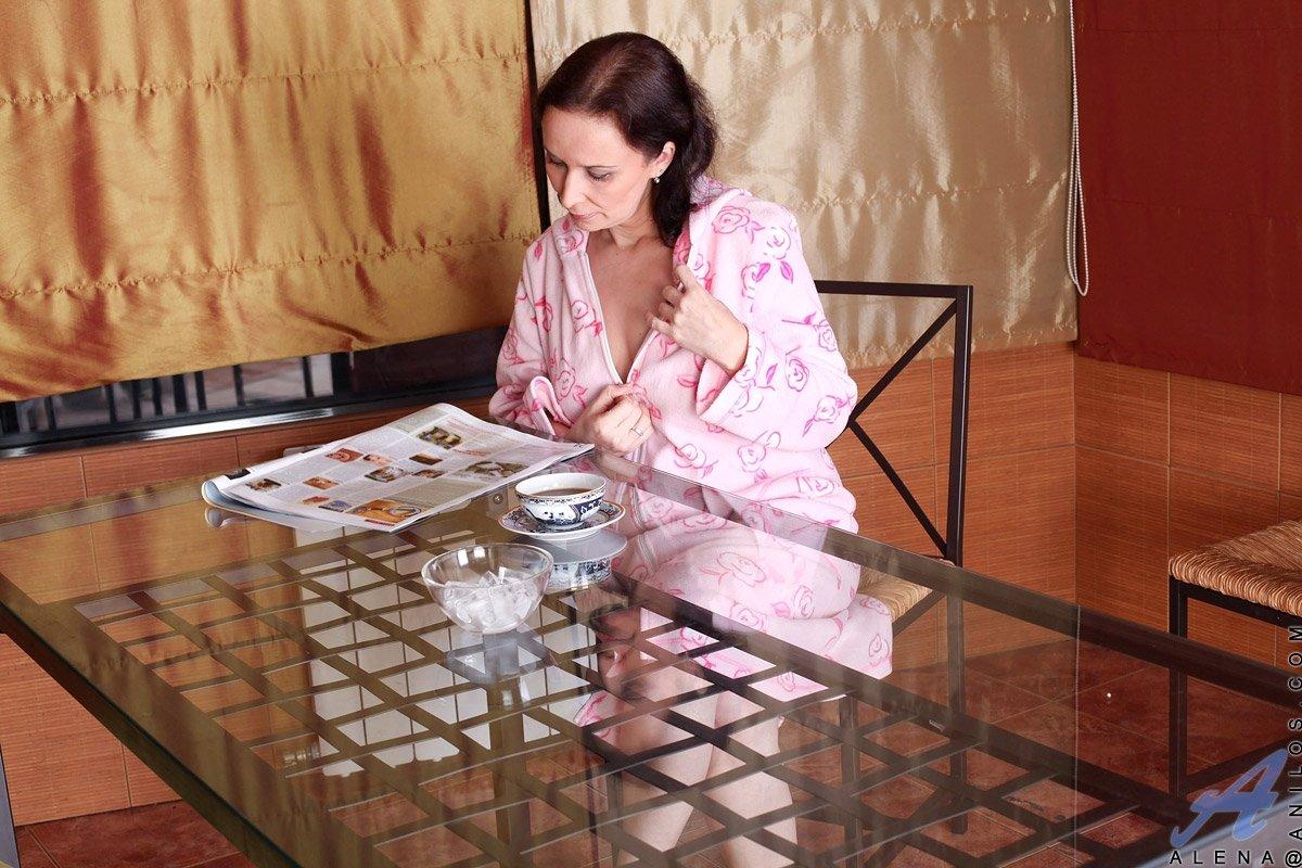 Висячие сиськи - Фото галерея 817031