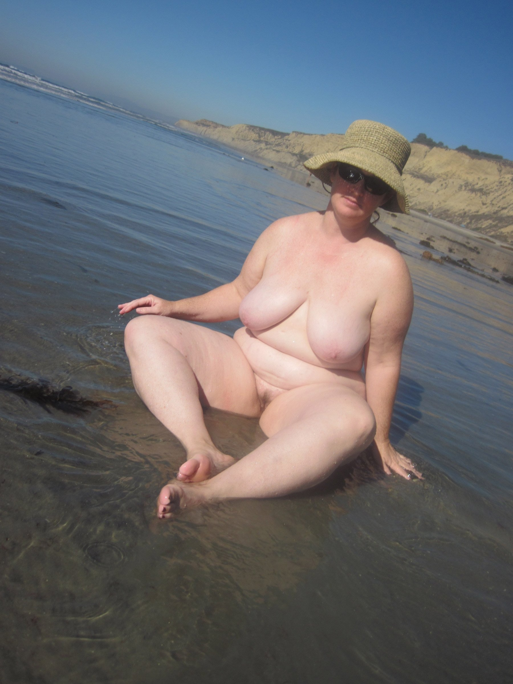 big-fat-women-in-nude-at-beach-sexy-girls-in-jail