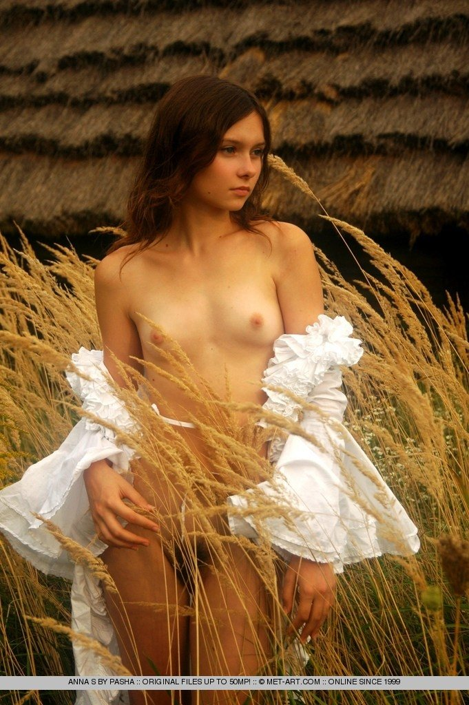 Teen babes pasha nudes very