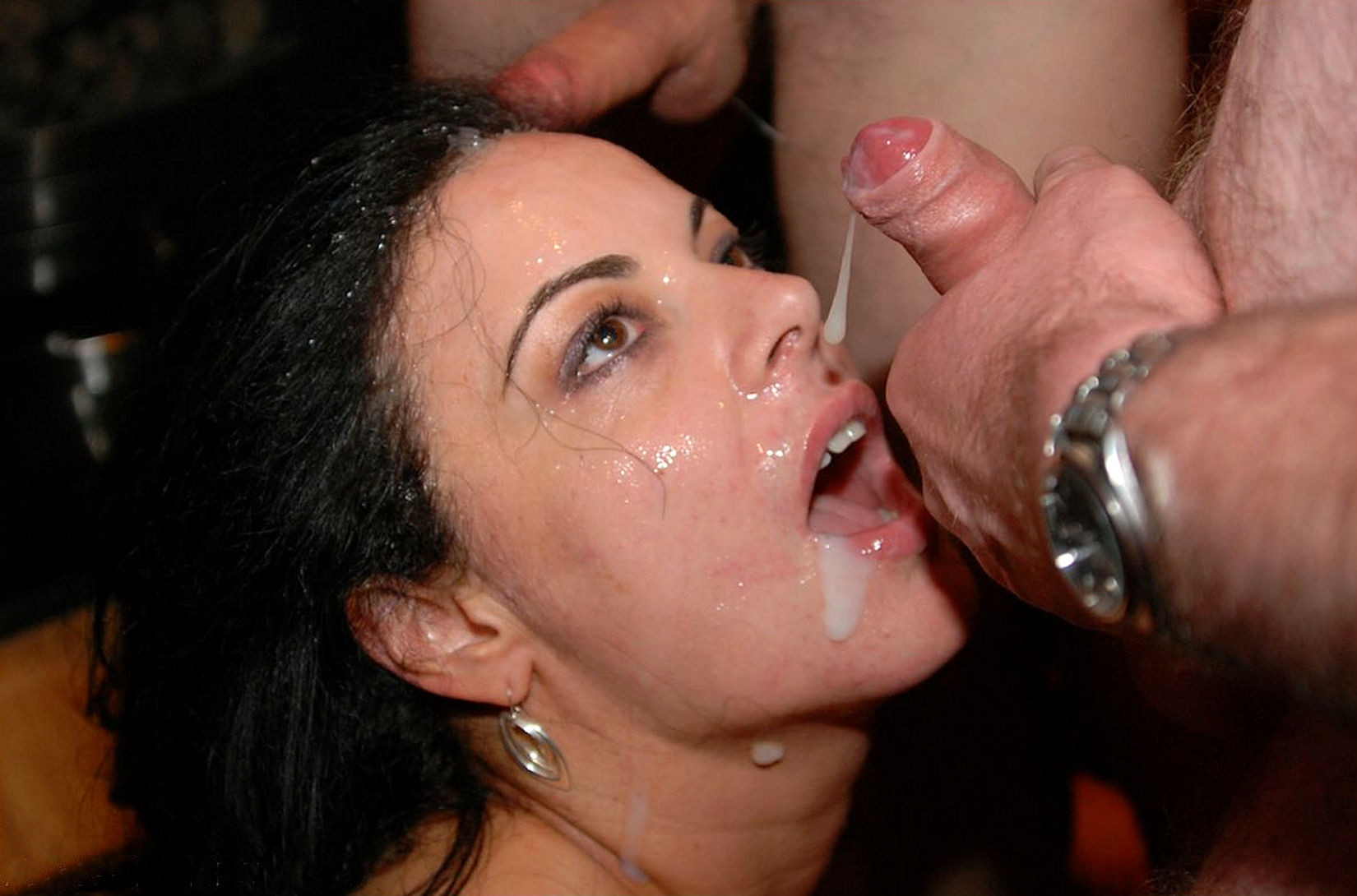 Сперма на лицах жен и подружек - компиляция 22