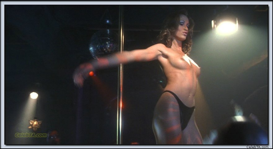 oreiro-nude-shannon-kane-topless-download-picture-naked