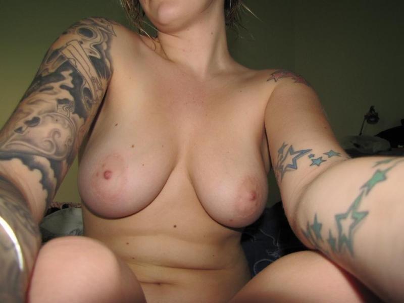 С татуировкой - Фото галерея 1060664