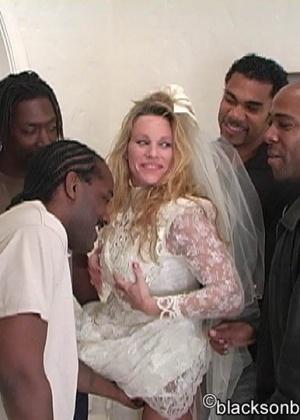 Темнокожие проебли белую невесту