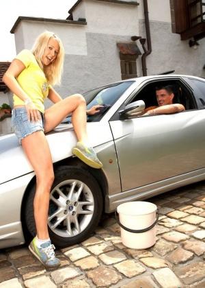 Моют машины - Фото галерея 464470
