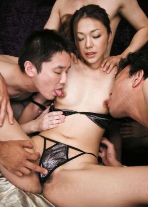 В презервативе - Фото галерея 898355