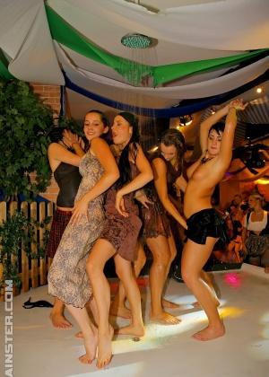 Секс в одежде - Фото галерея 947422