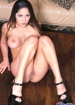Модель: Jenaveve Jolie