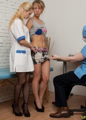 Жесткий осмотр на приеме у врача