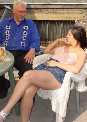 Секс с пожилым мужчиной - Фото галерея 274805