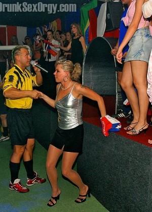 Пьяная секс вечеринка - Фото галерея 136324