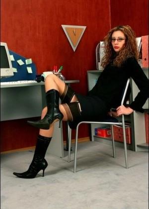 Секретарша - Фото галерея 121021
