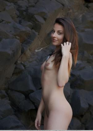 Маленькие сиськи - Фото галерея 1064509