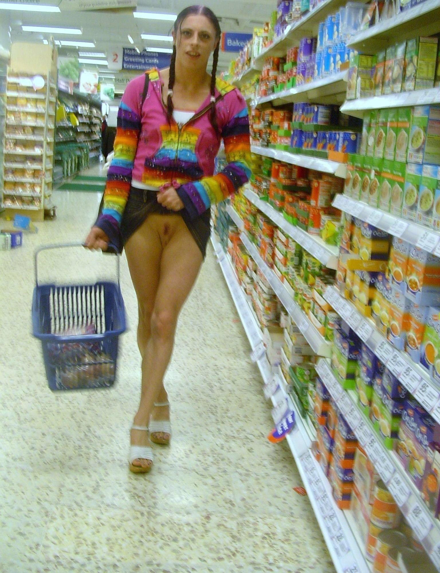 Woman Shits In Supermarket