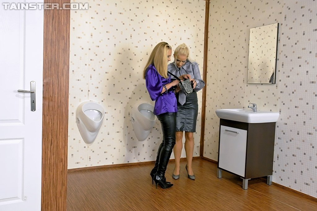 В туалете - Фото галерея 783815