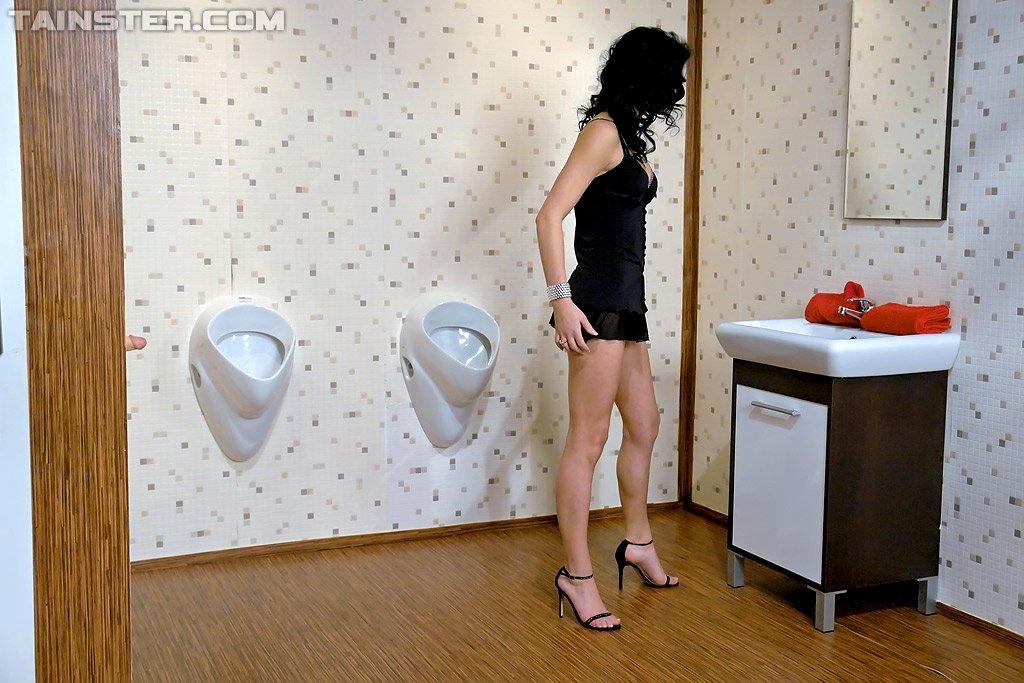 В туалете - Фото галерея 783827