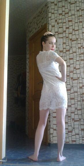 Стройная Евгения в сексуальных нарядах